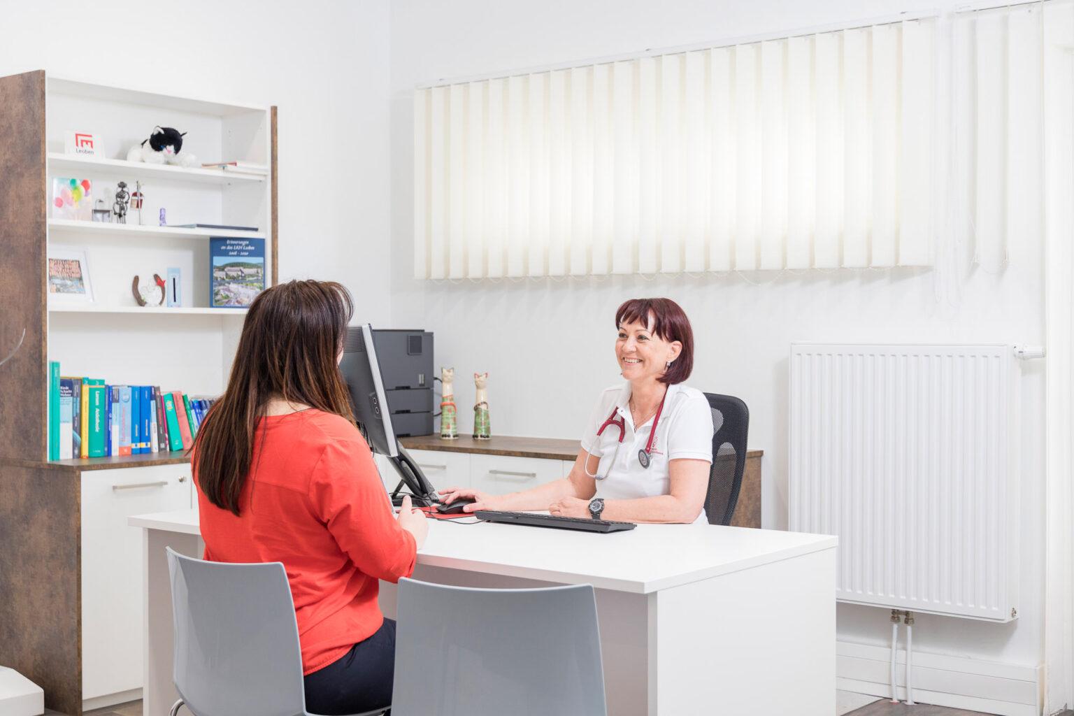 Arzt Patienten Gespräch
